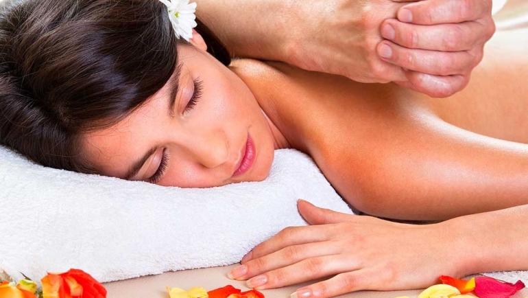 Agosto 2020: mese del massaggio Hawaiano